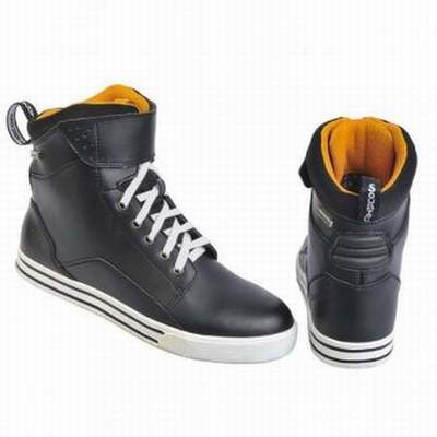 bottes moto carolina chaussures moto bering homme chaussures moto bering homme. Black Bedroom Furniture Sets. Home Design Ideas